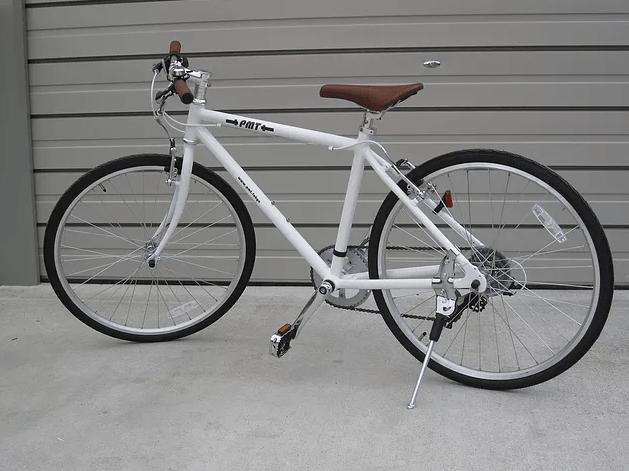 3号機到着 白 自転車